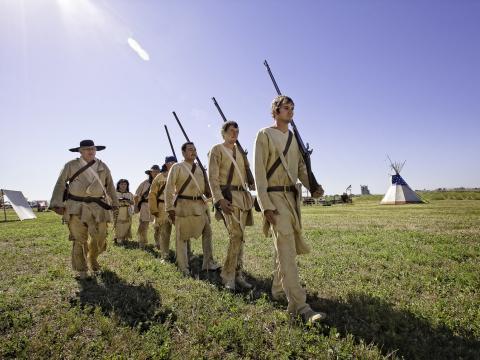 Actores caracterizados en Clark Days, donde los visitantes pueden aprender sobre la historia de Montana