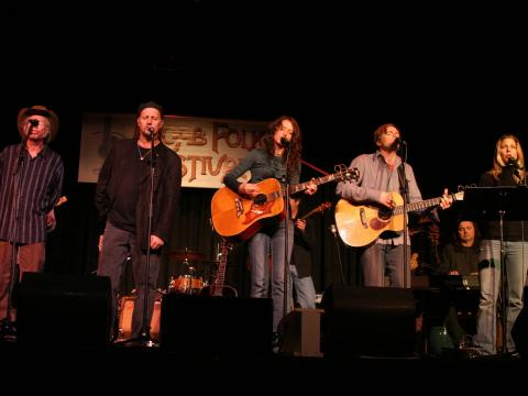 Singing from the heart at the Moab Folk Festival
