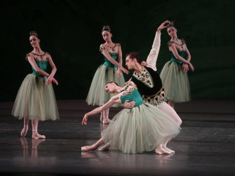 El New York City Ballet posando